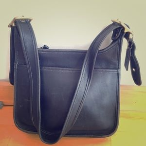 Coach shoulder leather bag